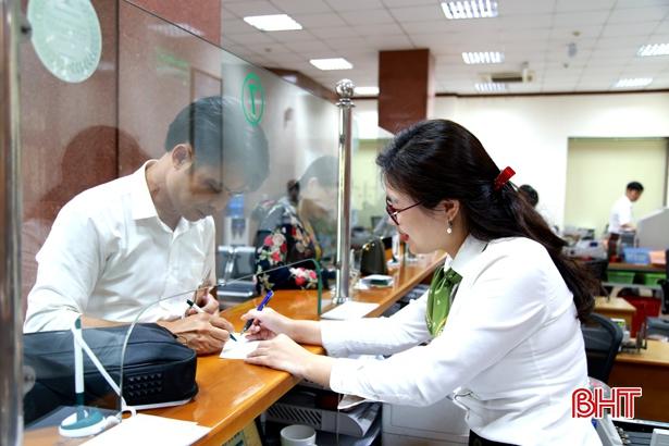 Vietcombank Hà Tĩnh giảm thêm 1%/năm lãi suất cho vay đến 12/2/2021